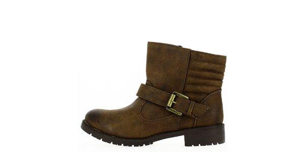 Dámské hnědé boty s přezkou Shoes and the City