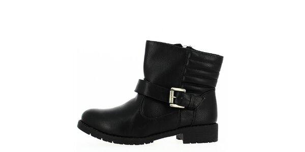 Dámské černé boty s přezkou Shoes and the City