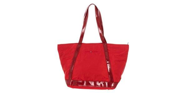 Dámská kabelka v červeném odstínu Tommy Hilfiger