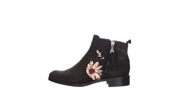 Dámské černé boty s kopretinou Desigual