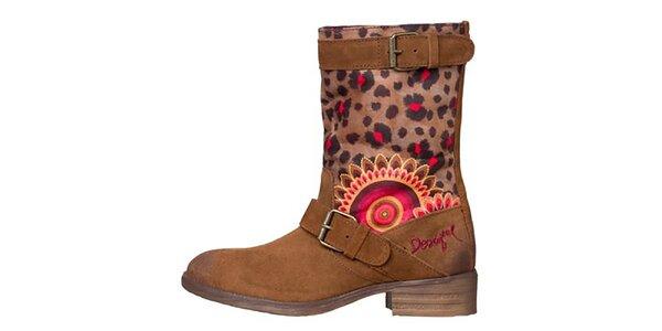 Dámské hnědé boty s leopardím a květinovým vzorem Desigual