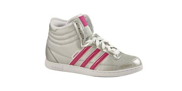 Stříbrné kotníkové tenisky Adidas s růžovými pruhy