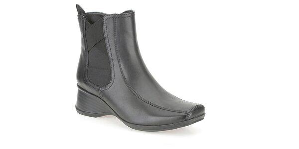 Dámské černé kotníkové boty Clarks
