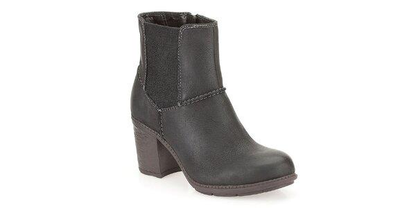 Dámské kotníkové boty s elastickou boční vsadkou Clarks