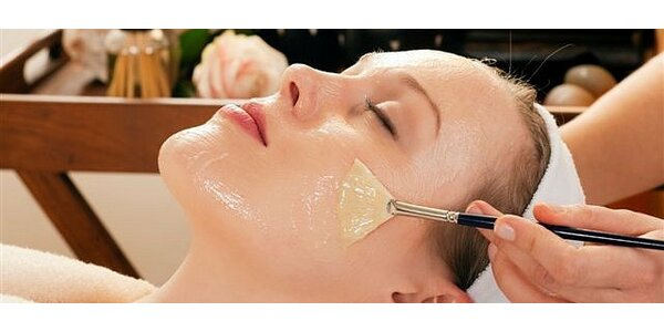 Chemický peeling obličeje