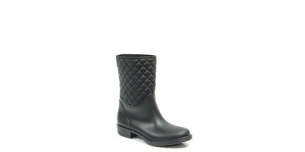 Dámské černé prošívané boty na podpatku Favolla