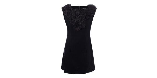 Dámské černé šaty s květinovým výstřihem Dislay DY Design