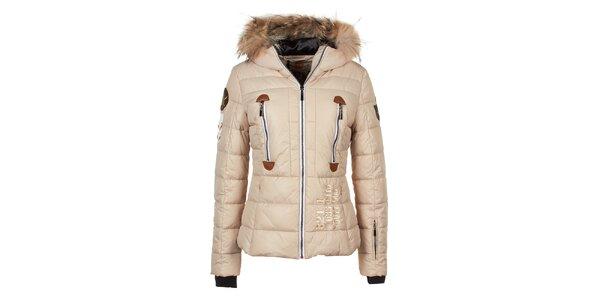Dámská béžová bunda s prošíváním a liščí kožešinou na kapuci E2KO