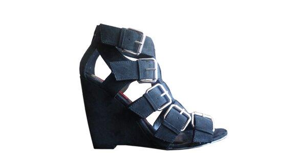Černé páskové sandály na klínku London Rebel