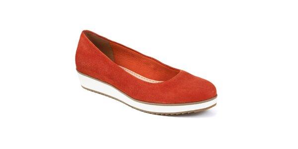Dámské oranžové semišové boty Clarks