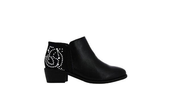 Dámské černé boty s dekorací Shoes and the City
