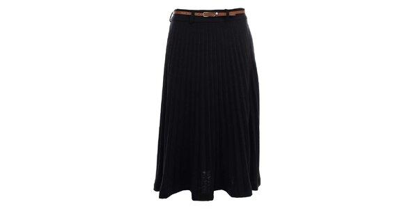 Dámská černá sukně se sklady Yumi