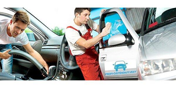 Ruční mytí vozu s voskováním + suché vyčištění interiéru vozidla