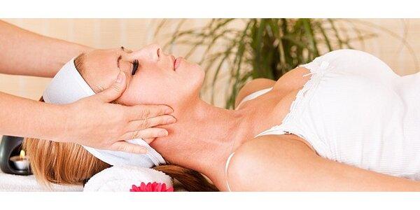 30 minut masáže obličeje a dekoltu + 30 minut mikromasáže očního okolí -…