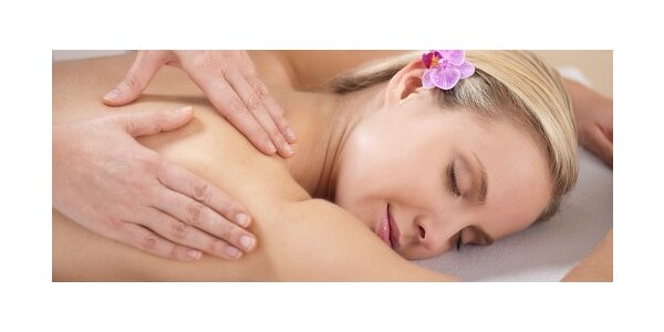 Úžasná regenerační masáž šíje a zad v délce 55 minut