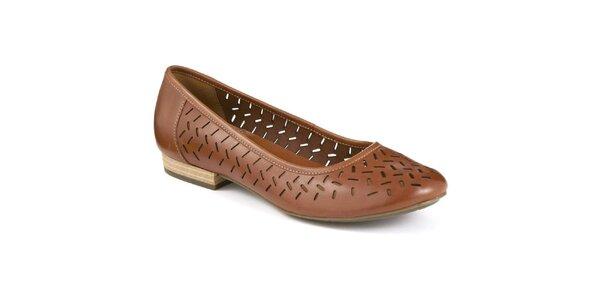 Dámské tmavě hnědé boty s perforací Clarks