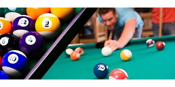 2 hodiny kulečníku v nově otevřeném Drink & Billiard baru v centru Hradce…