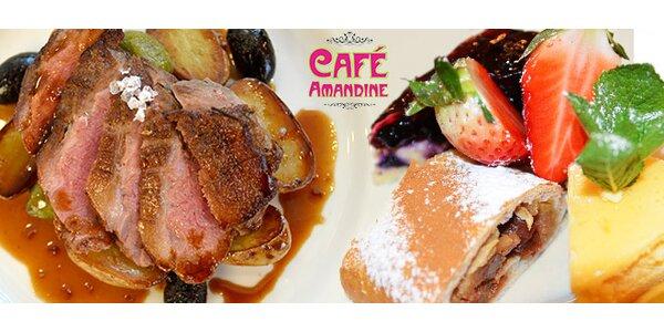 2 jídla a variace dezertů v Café Amandine na Černém Mostě
