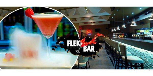 Dva molekulární drinky dle vlastního výběru nebo maxi kýbl pro partu