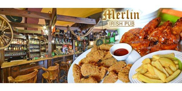 28 kuřecích křidélek a hranolky v Merlin Irish Pub