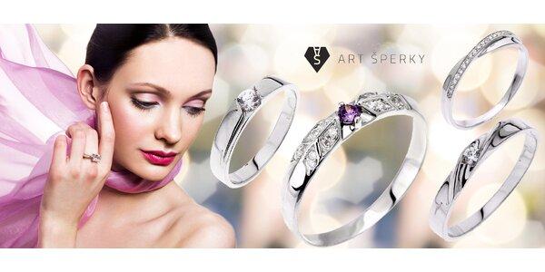 Stříbrné prsteny osázené kubickými zirkony