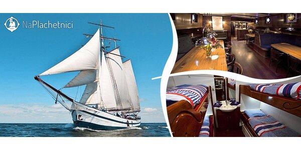 Otevírání sezóny na luxusní plachetnici