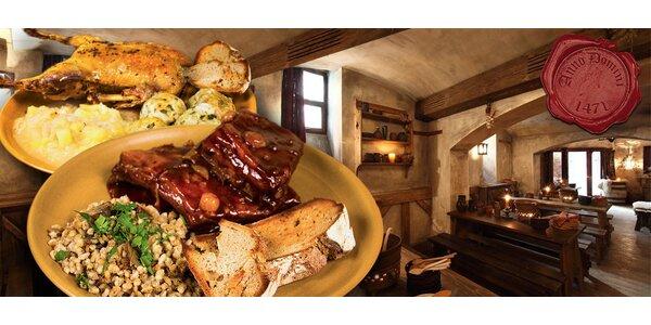 Mega porce kachny nebo žeber ve Středověké krčmě