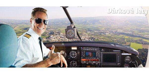 Vyhlídkový let + možnost pilotovat letadlo
