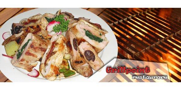 Masová nálož připravená na grilu