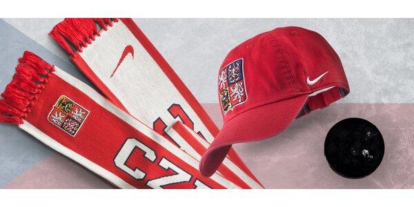 Reprezentační šála nebo čepice od značky Nike