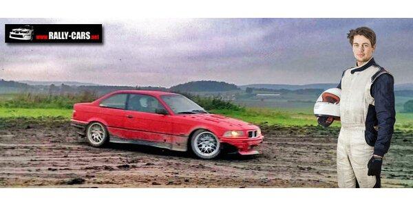 6 okruhů v upraveném BMW na okruhu v Dlouhé Lhotě