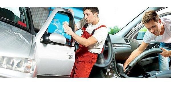 Profesionální jarní čištění celého automobilu