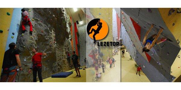 Vstup do lezeckého centra Lezetop