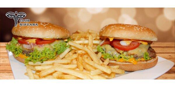 Dva výborné hovězí burgery s hranolky