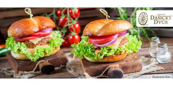 Burger menu pro dva v restauraci Dašický Dvůr