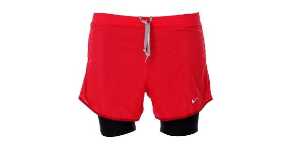 Dámské červené šortky Nike