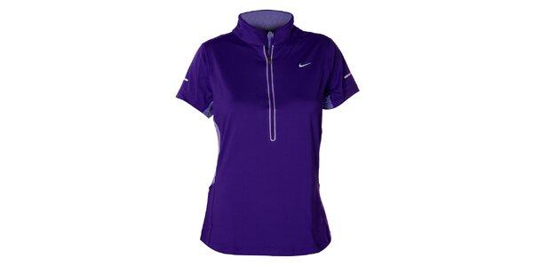 Dámské fialové tričko s krátkým rukávem Nike