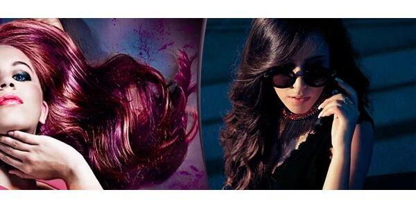 Barvení vlasů kvalitními barvami bez amoniaku nebo melír v kadeřnickém studiu…