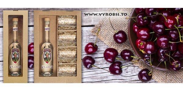 Lahev višňovice s vlastní fotografií a textem