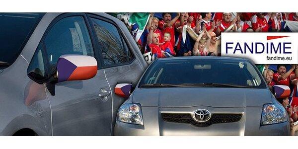 99 Kč za jeden pár autovlajek v národních barvách.