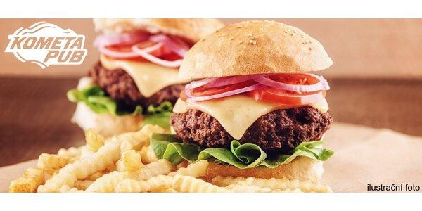 2 domácí burgery s hranolky v Kometa Pubu