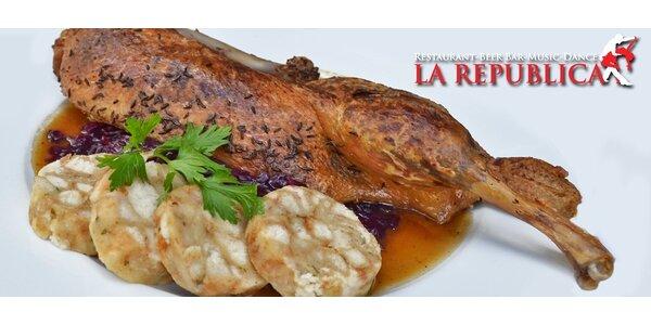 Bohaté menu pro jednoho v restauraci La Republica