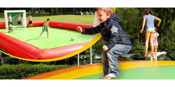 Giga trampolína či vodní fotbal na Stříbrném rybníku