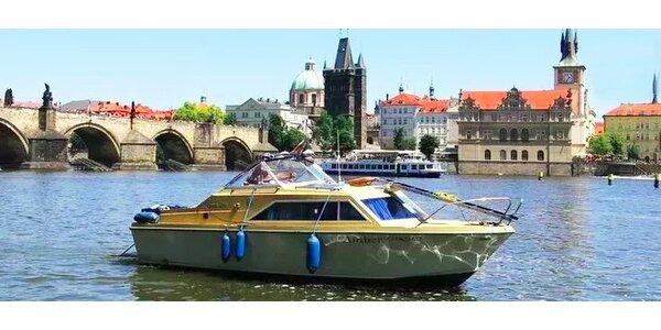 Romantické večerní plavby Prahou až pro 4 ososby