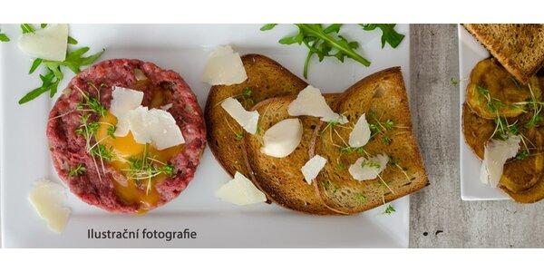 150g Tatarského bifteku se 6 topinkami