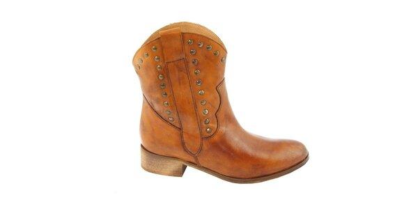 Dámské koňakové kovbojské boty s cvočky Eye
