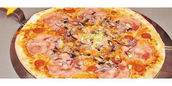 Dvě čerstvé pizzy - na výběr z mnoha druhů
