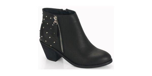 Dámské černé kotníčkové boty na podpatku s cvoky Blink