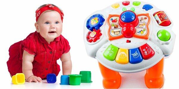 Naučný dětský stoleček plný barev a zvuků