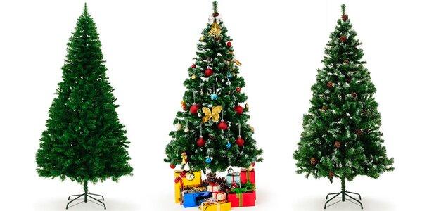 Umělé vánoční stromečky jako živé